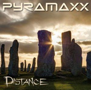Pyramaxx - Distance