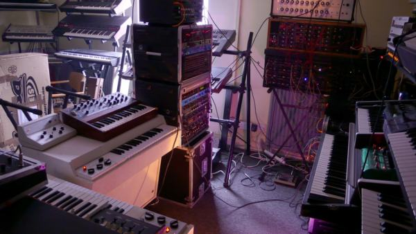 studiothree - Interview with Brendan Pollard